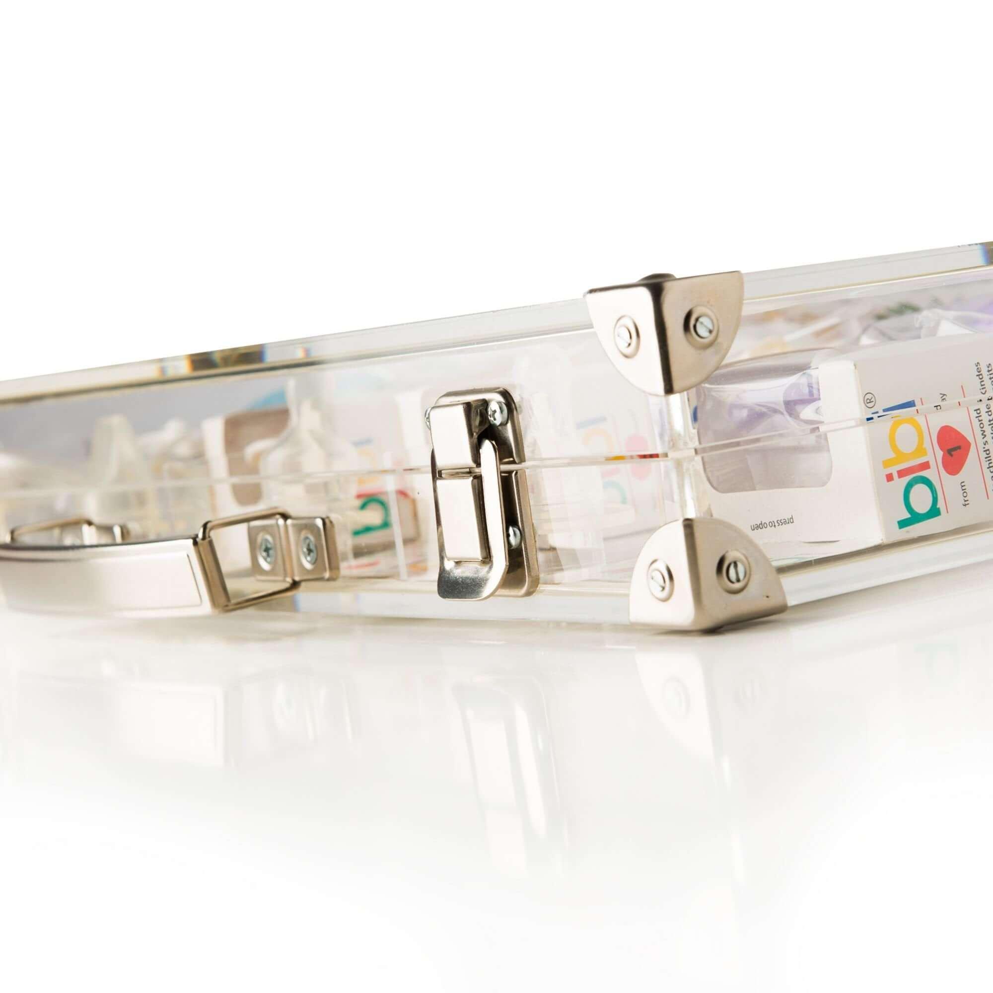 Acryline Zeigekoffer für Produkte aus Acrylglas acryl kunststoff werbung verkauf laden dekoration geschenk verkaufsförderung individuell verkaufskoffer koffer produktekoffer display