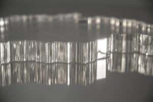 Acryline macht aus Kunststoff Kunst