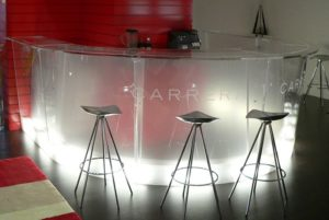 Theke aus Acrylglas Theke Bar Stehtisch Stehpult acryl kunststoff messestand ladenbau